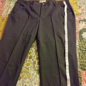 Faded Glory Stretch Dark Gray Capris Size 22W EUC
